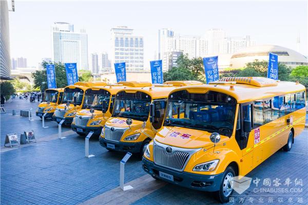 专业化运营+智慧车护航 探访县级校车运营的汉寿模式