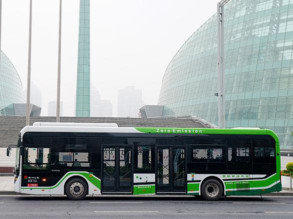 累计运营超600万公里!223辆宇通氢燃料公交车再创新纪录!