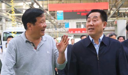 省人大副主任刘满仓考察宇通