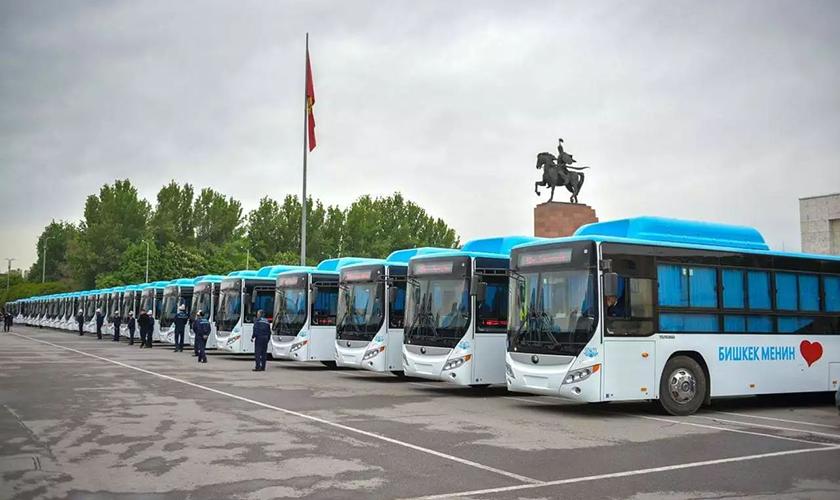 头条|习近平总书记出访吉、塔两国,宇通客车在东道国迎接检阅