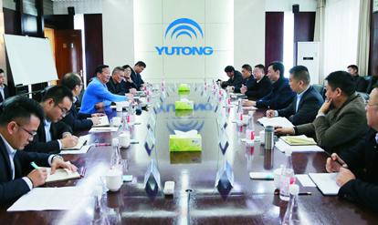 市中级人民法院院长李志增考察宇通企业发展