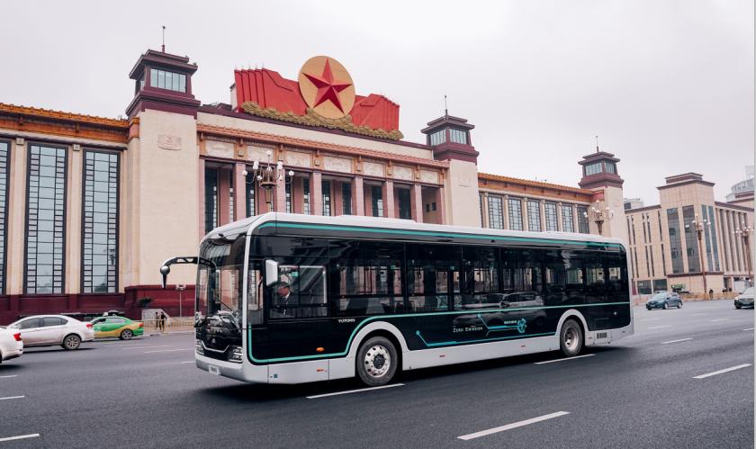 宇通U12惊艳南昌,新造型高端智能网联公交引领美好出行