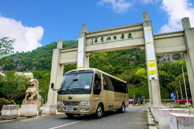 高端高品质获赞,宇通T7巡展走进南京