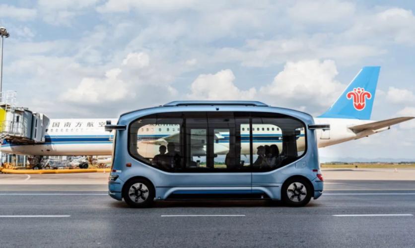 开启国内首例机坪内载人测试,宇通自动驾驶巴士进驻长沙机场!