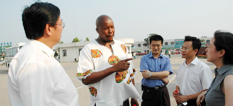 南非代表团访问宇通
