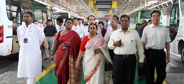 印度议会代表团访问宇通