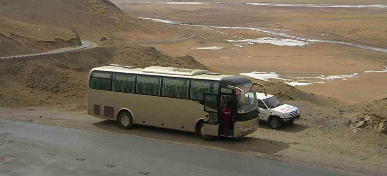 宇通环保客车驰骋青藏高原