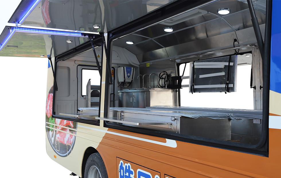 8米餐车ZK5085XCC5 8米餐车ZK5085XCC5